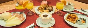 hotel-roma-venezia-breakfast